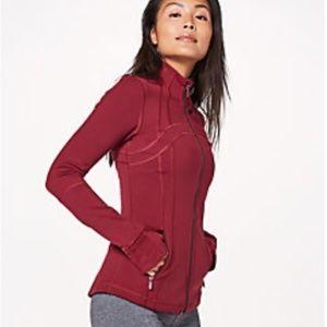 Lululemon Define Jacket in Ruby Wine size 4